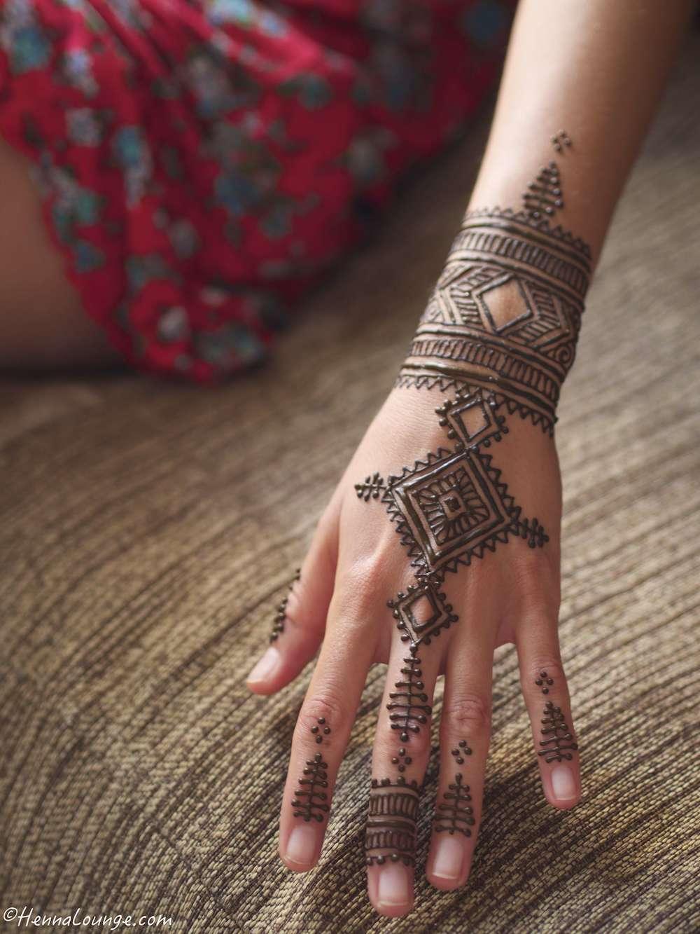 Modern Moroccan henna