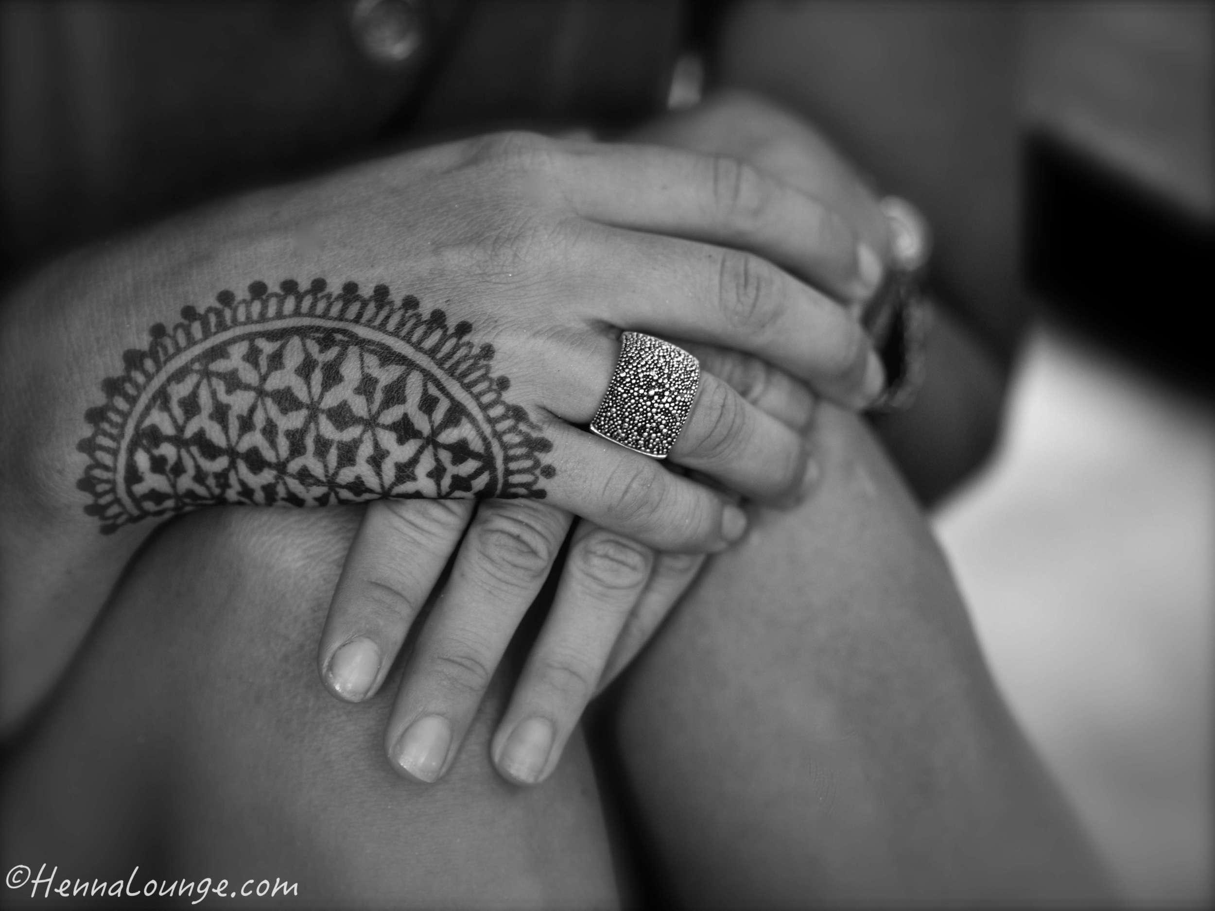 Flower of life henna