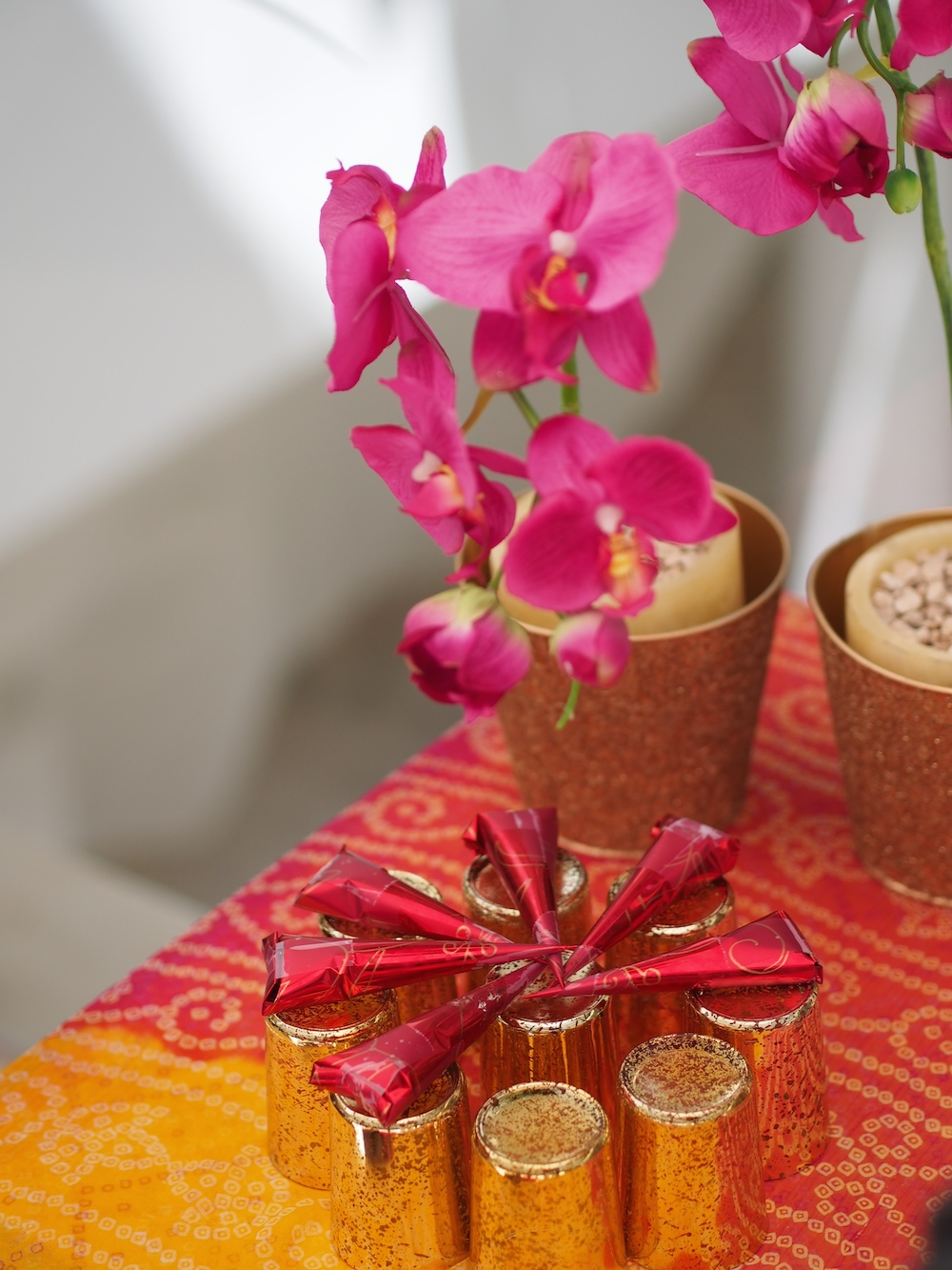 Mehndi table styling.