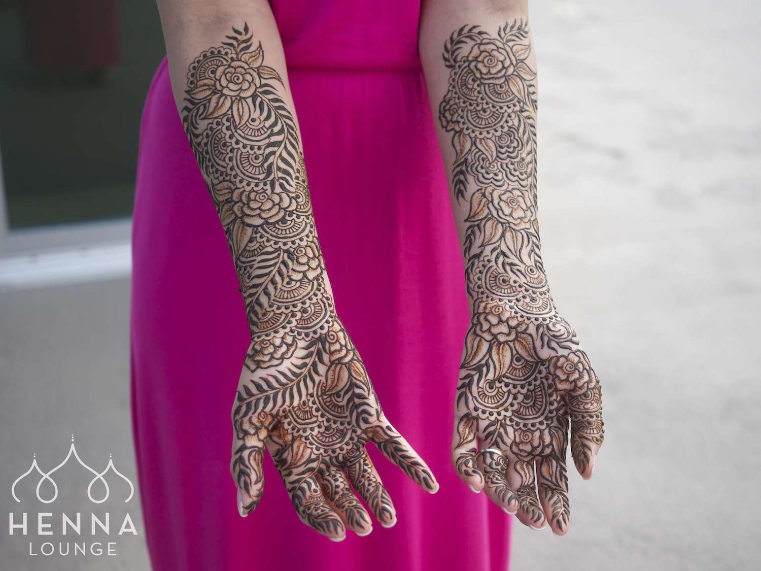 Destination wedding henna Playa del Carmen by www.hennalounge.com
