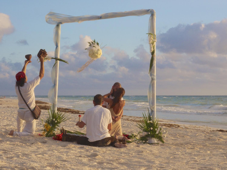 Mayan wedding ceremony on the beach