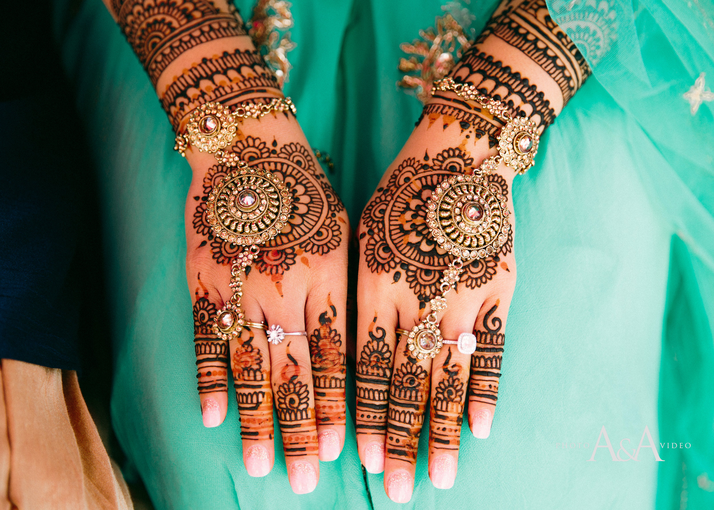 Moon Palace Wedding, henna by Henna Lounge,  photo by ANA photo