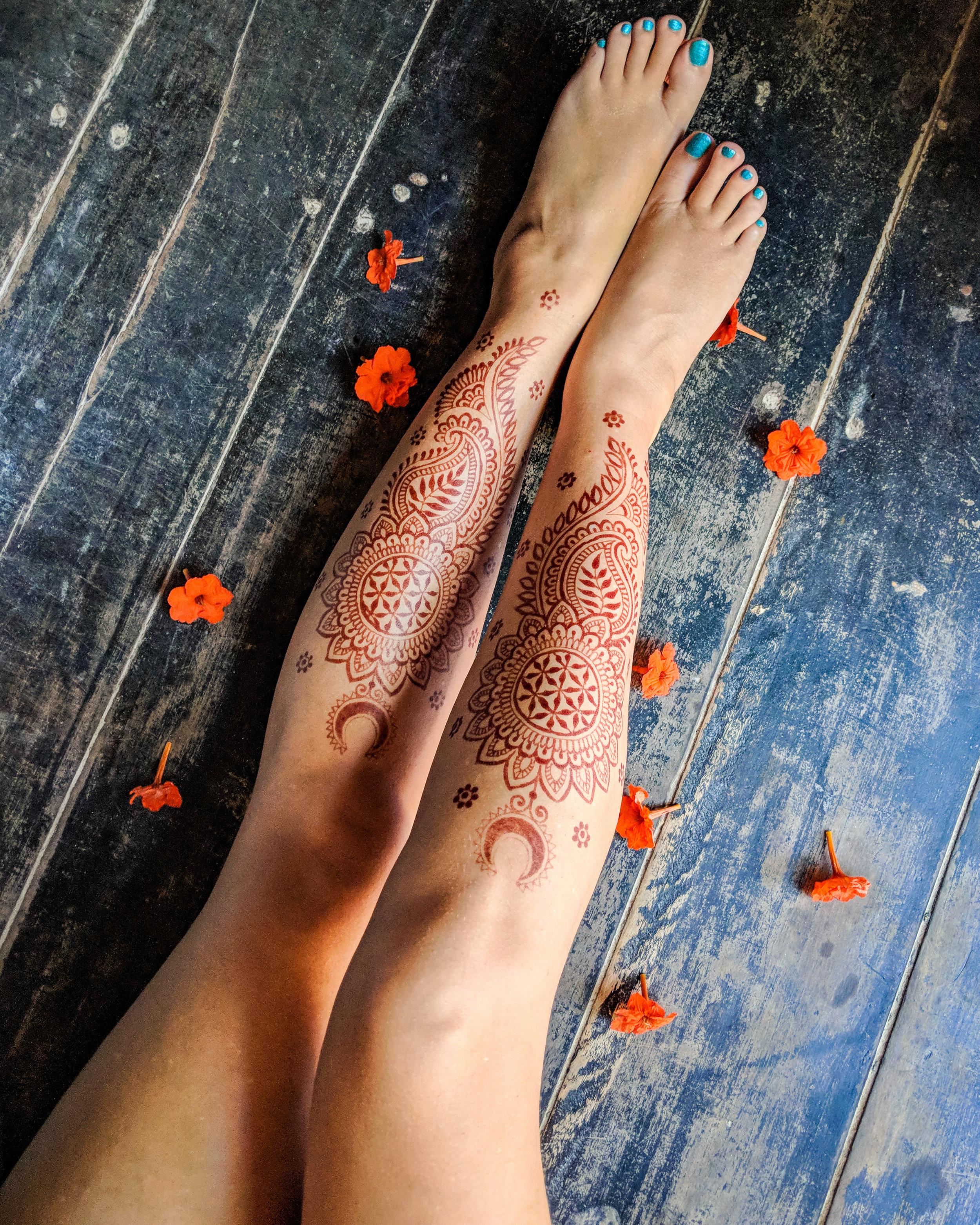 mehndi for legs.jpg