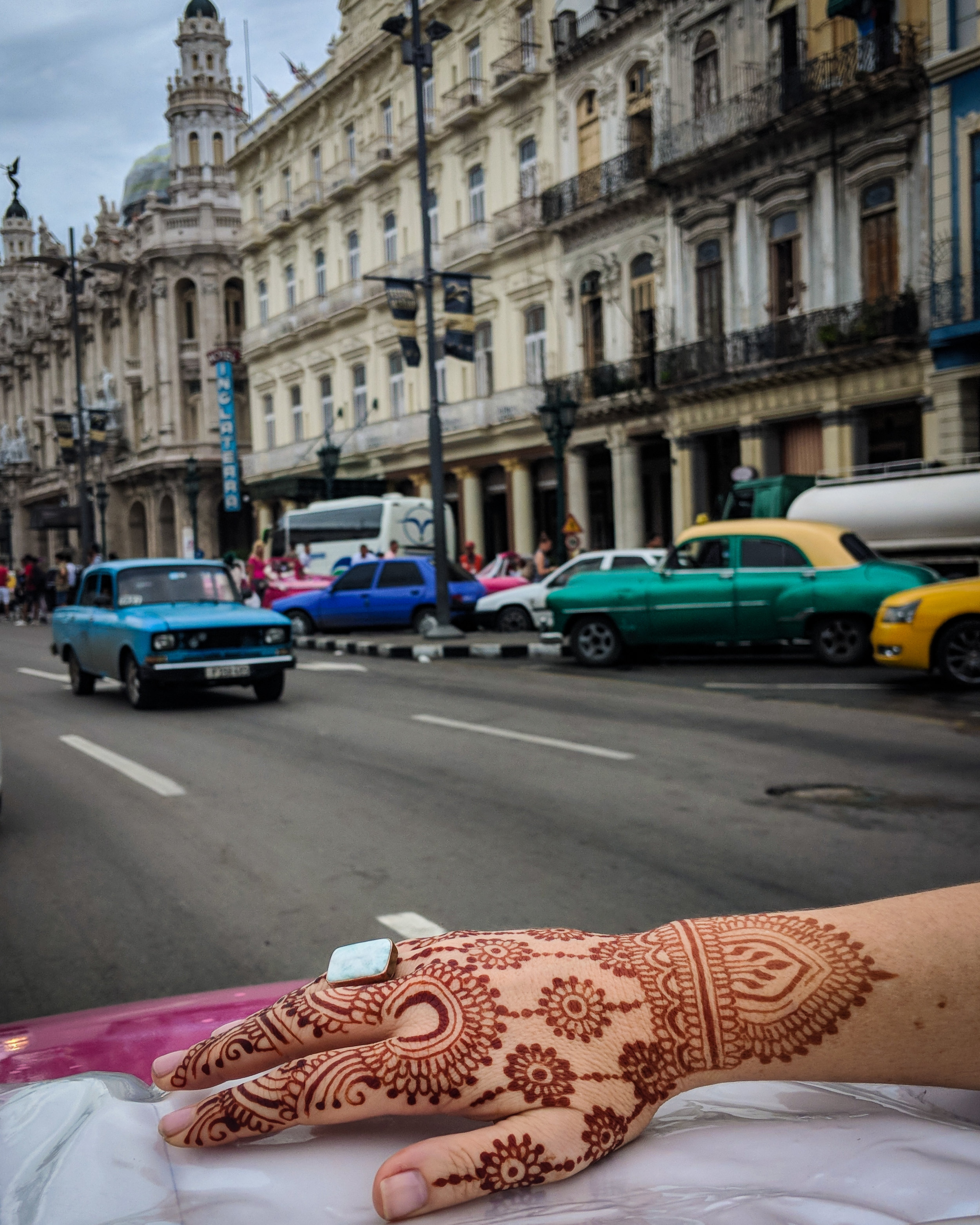 Top down and henna on in Havana Vieja