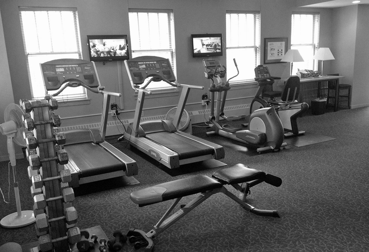 Exercise Room B&W 01.png