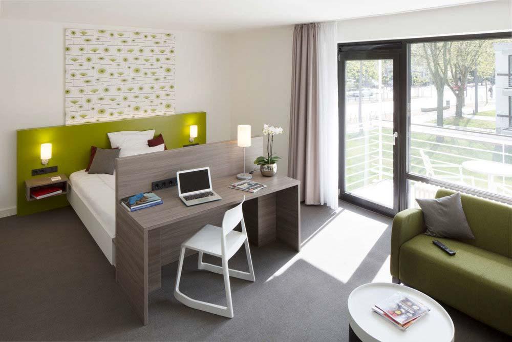 Architekturfoto von Zimmer im Hotel Boardinghaus in Bonn, Innenaufnahme