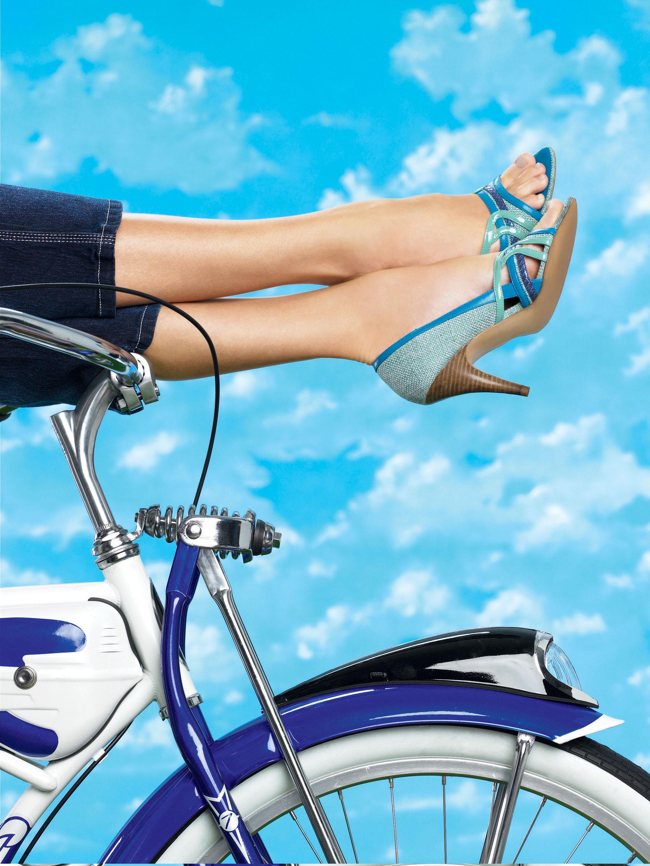heels-on-bike.jpg
