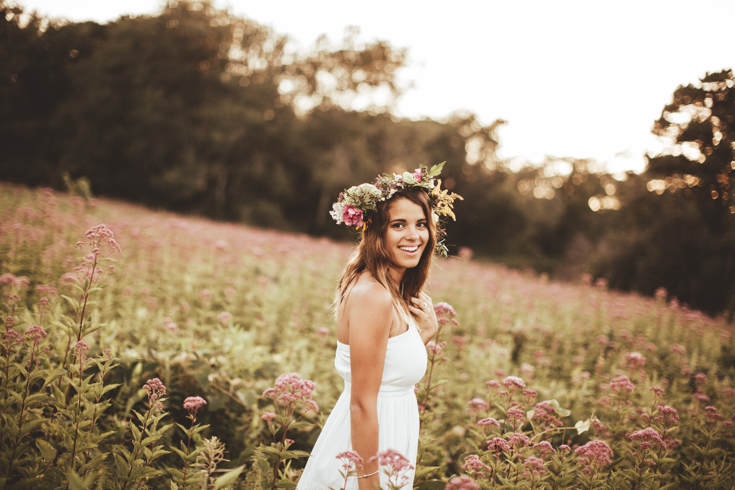 rustic-flower-field-wedding-10.jpg
