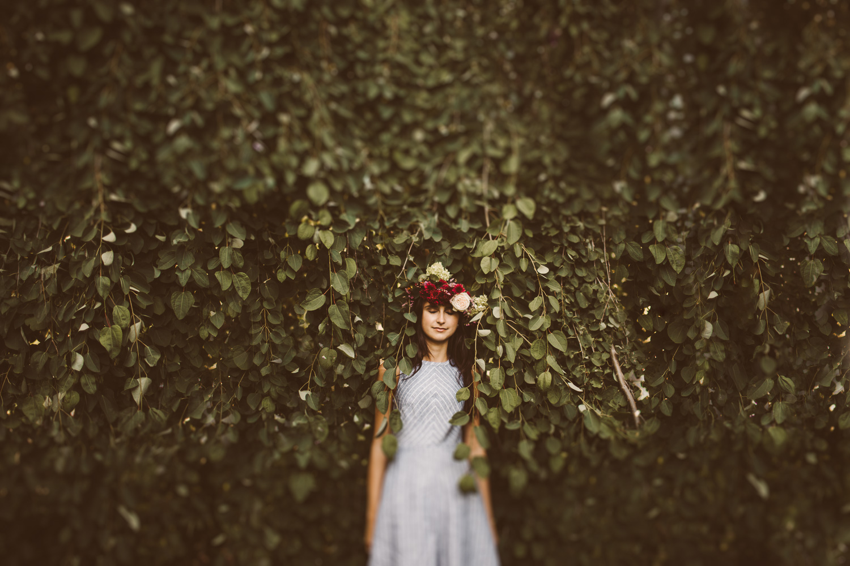 artistic-portrait-photography-leaves-04.jpg
