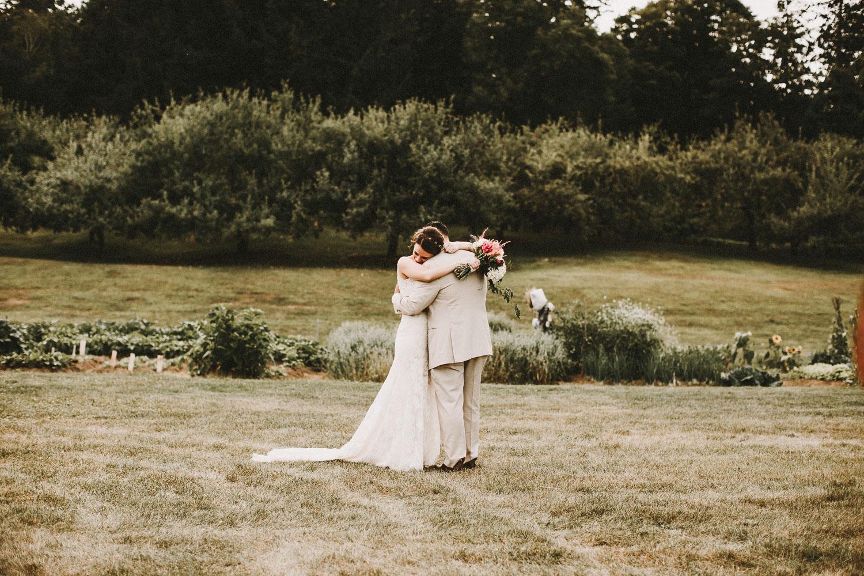 Sweet Wedding Photos - Vermont Wedding Photographer