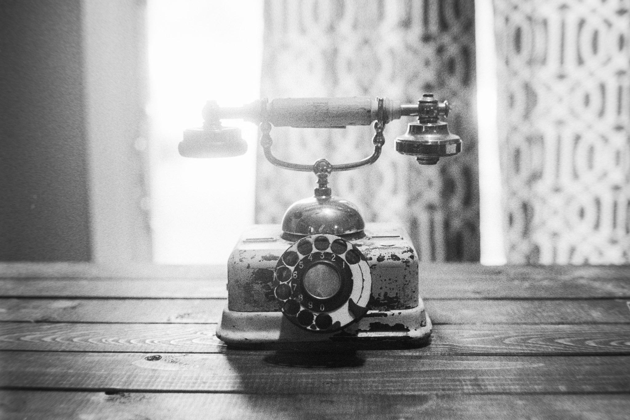 Camera:Minolta CLE  Lens: 40mm M Rokkor  Film: HP5+ plus rated at 800