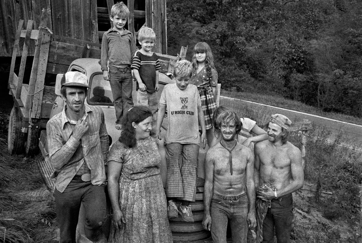 Hoy Shelton Family, Hopewell, Madison County, NC 1983