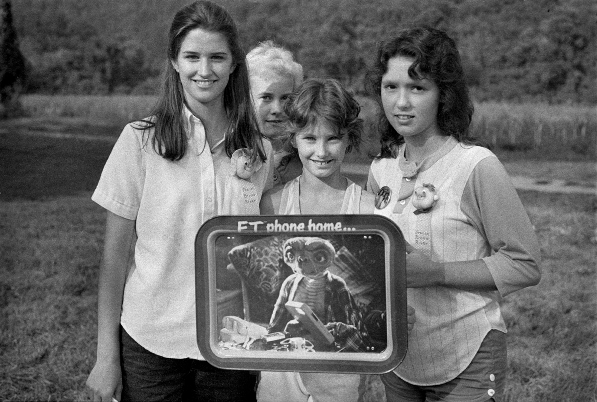 Girls with ET platter, Hot Springs, Madison County, NC 1983