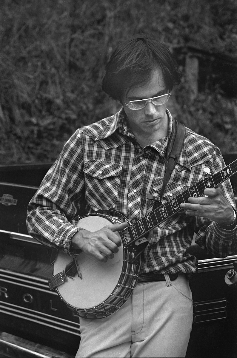 David Holt on the set of  Amazing Grace, America in Song,  at Dellie Norton's home, Sodom, Madison County, 1975