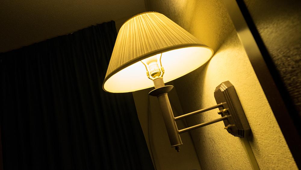 Motel room, Mt. Vernon, IL, 2015 10 06