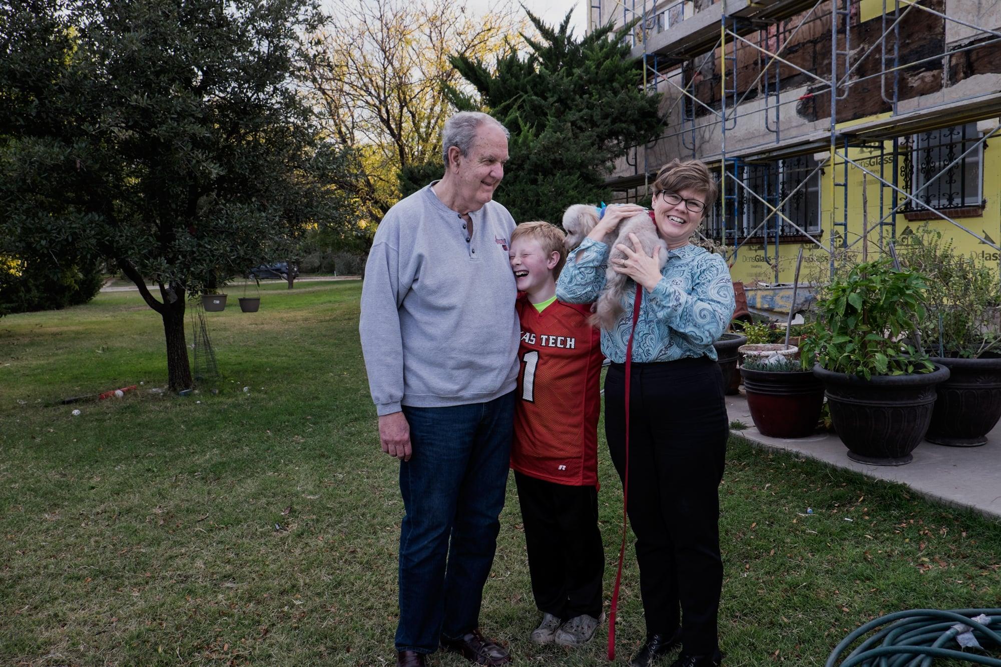 Bill Tydeman with Leslie, Brannen,and Asher, Lubbock, Texas