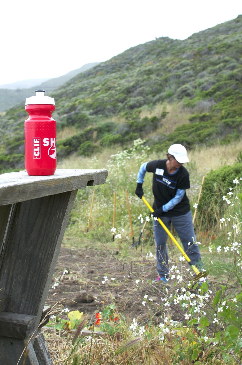 Clif Bar Volunteer Day At Slide Ranch - bottle and digging(1000px).jpg