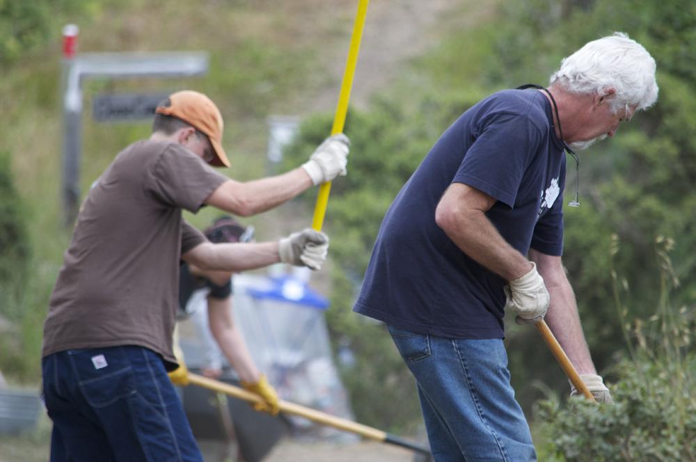 Clif Bar Volunteer Day At Slide Ranch - digging_3(1000px).jpg