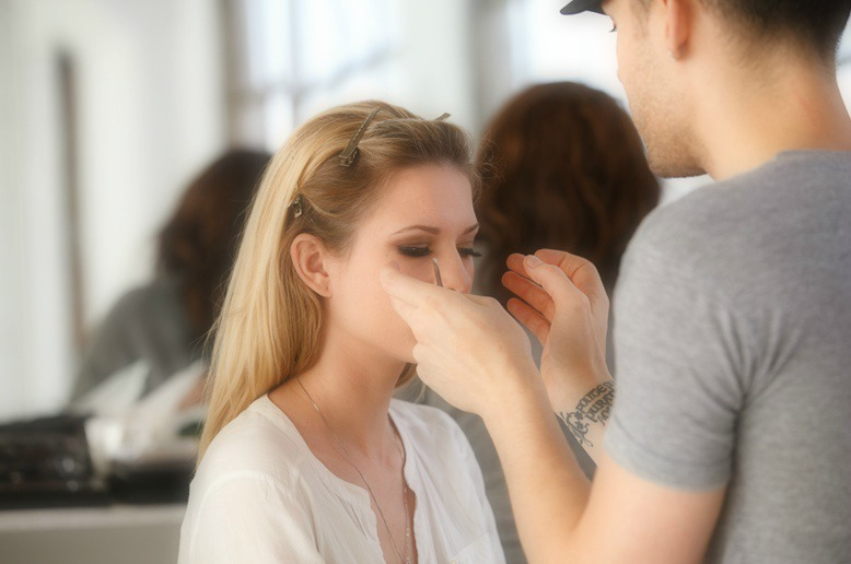 the beautiful (and informational) nicole getting ready to shoot for kb cosmetica...