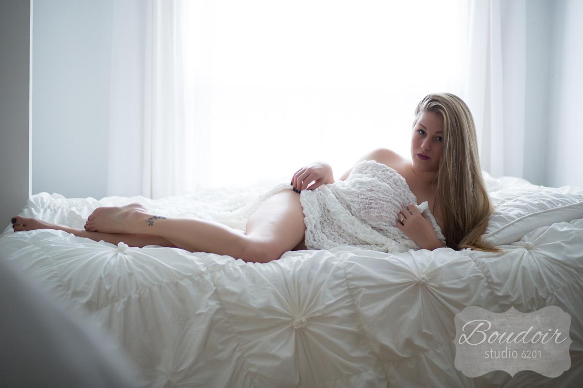 rochester-boudoir-by-andrea055.jpg
