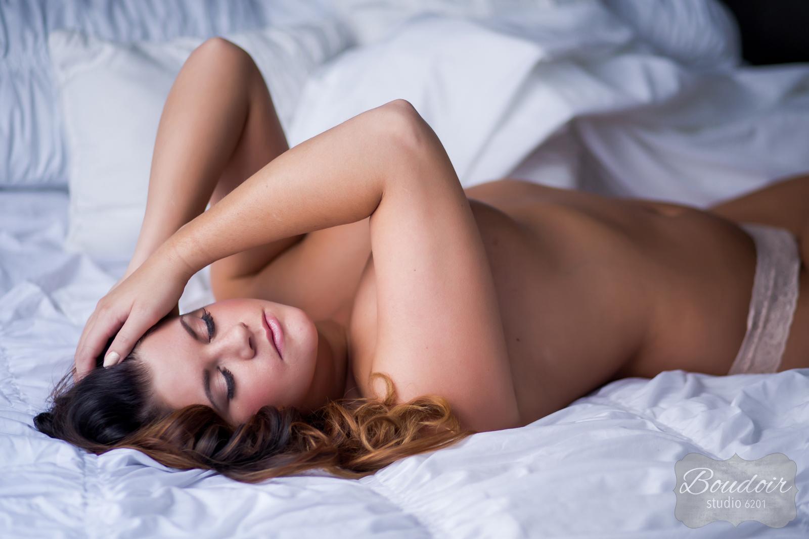 boudoir-studio-6201-tiffany-loveless-makeup-artistry013.jpg