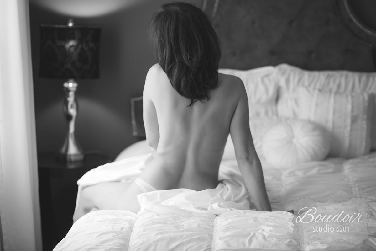 boudoir-studio-6201-summer-in-the-sheets001.jpg