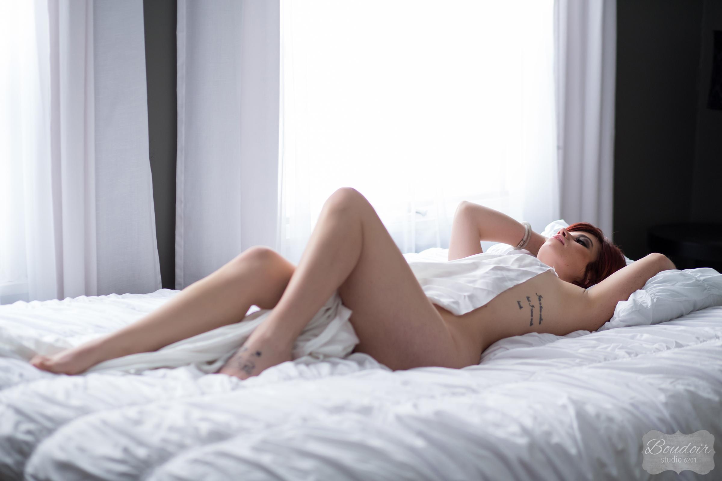 boudoir-studio-6201-summer-in-the-sheets056.jpg