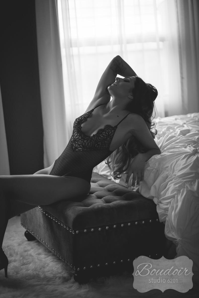 boudoir-studio-6201-rochester-sexy-008.jpg