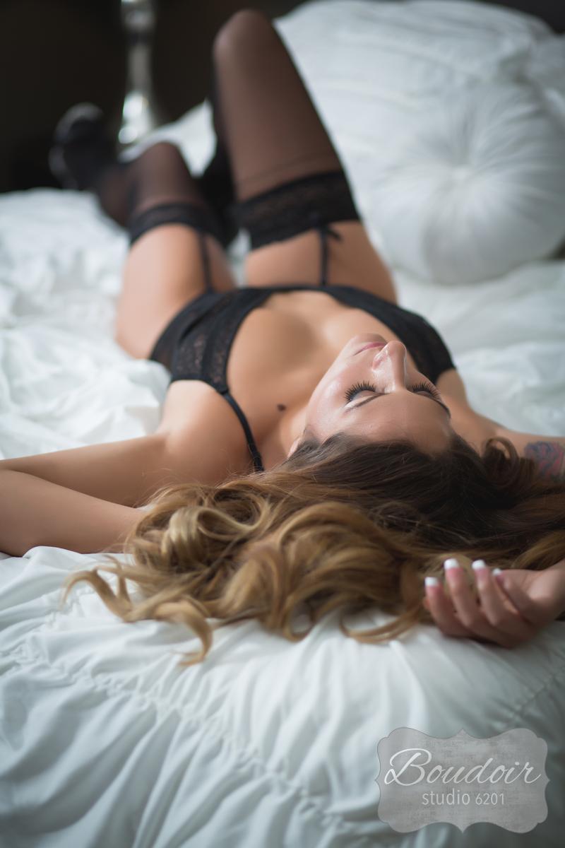 boudoir-studio-6201-rochester-sexy-028.jpg