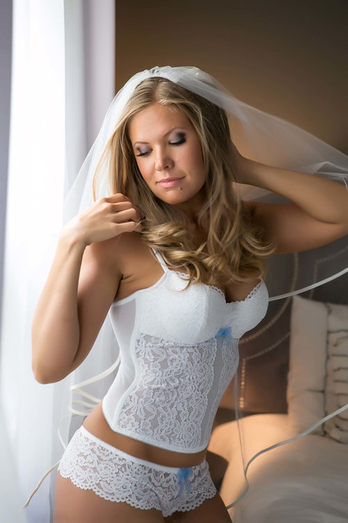 best-wedding-gft-ever-bridal-boudoir-013.jpg