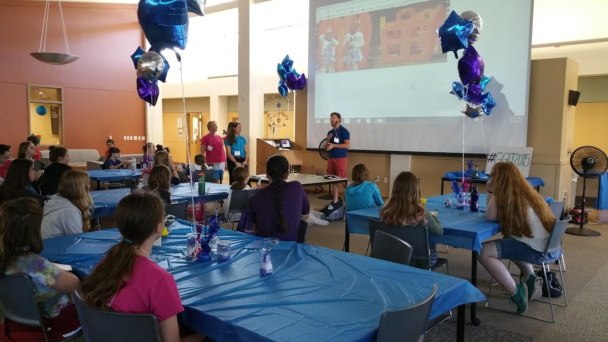 Kris Beem explains 3D printing to Girls Get IT campers