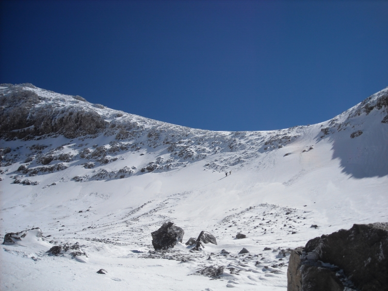 Snowy ridge line near Toubkal summit