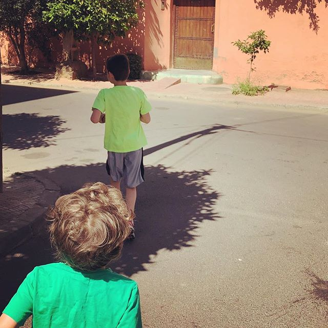 Always nice to run with someone. Teach them while they're young. #runninginmorocco #runmorocco #sightrunning #goforarun #training #igersmorocco #igrunning #health #run #runners #running #morocco #travel #runnerslife