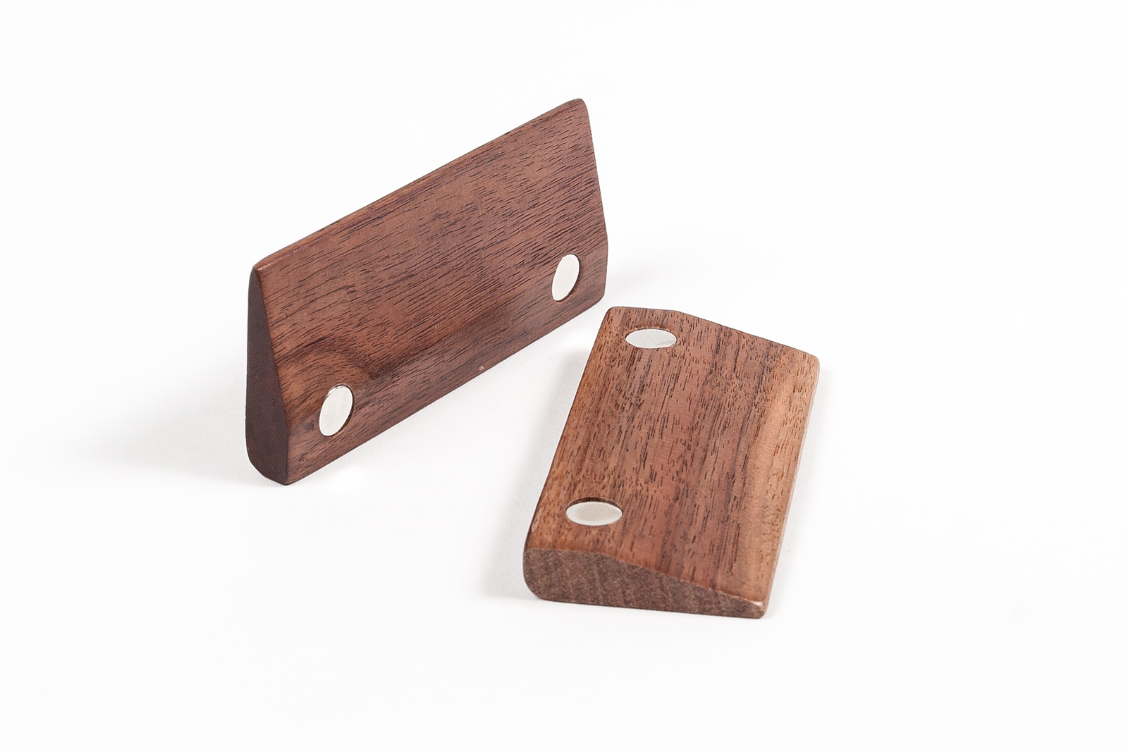 cheap_wood_Magnetic_picture_frame.jpg