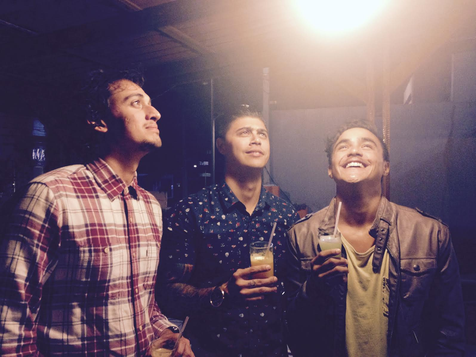 Bros, Juice, Light, and Love #amor. Photo:  @viickmartins