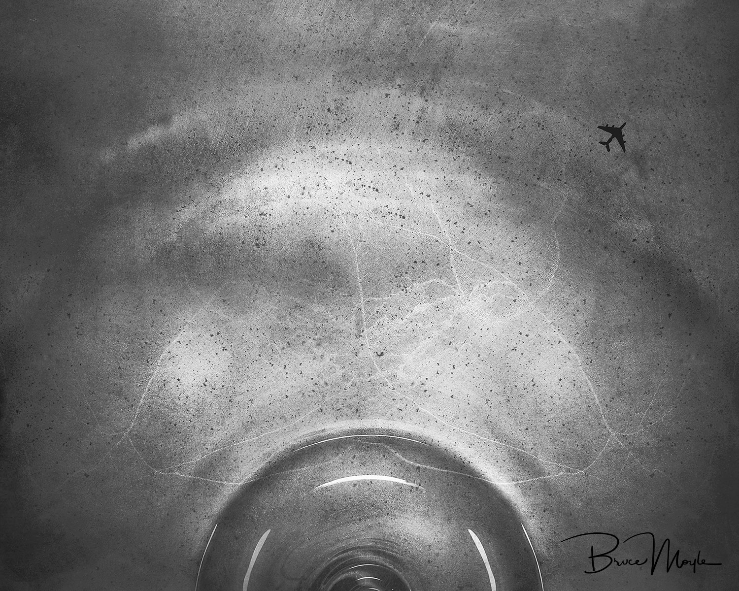 ESCAPE - 2018-Giclée print on fine art cotton ragOpen Edition-Signed-Certificate of AuthenticityFramed 75 x 65 cmTo weather the storm, sometimes we just need to be slightly ahead of the bubble.Image is a mix of macro and telephoto captures, processed to feel more like a graphite drawing than a pure photo.Thought bubbles can be amazing, stressing, genius or even depressing. The idea of packing up, getting on a plane to get away from our thoughts is something we all do. What do you do to change? I personally get out and cafe hop to hear the hustle and bustle of others and loose myself.