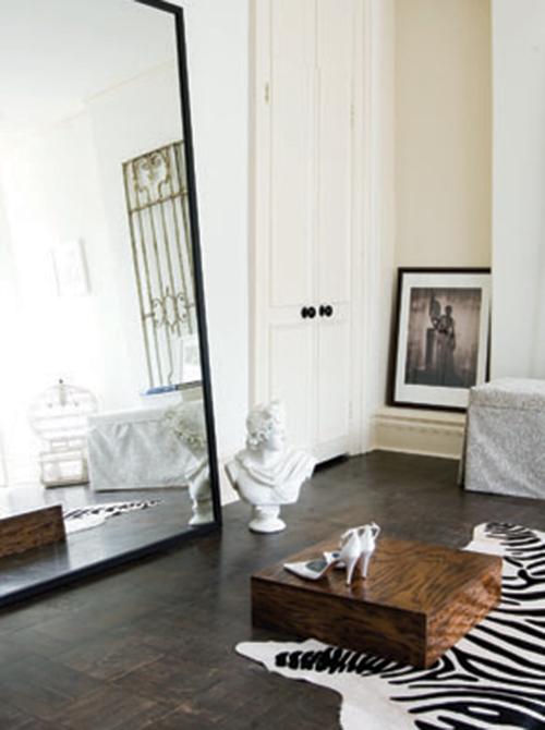 Parisian apartment boutique