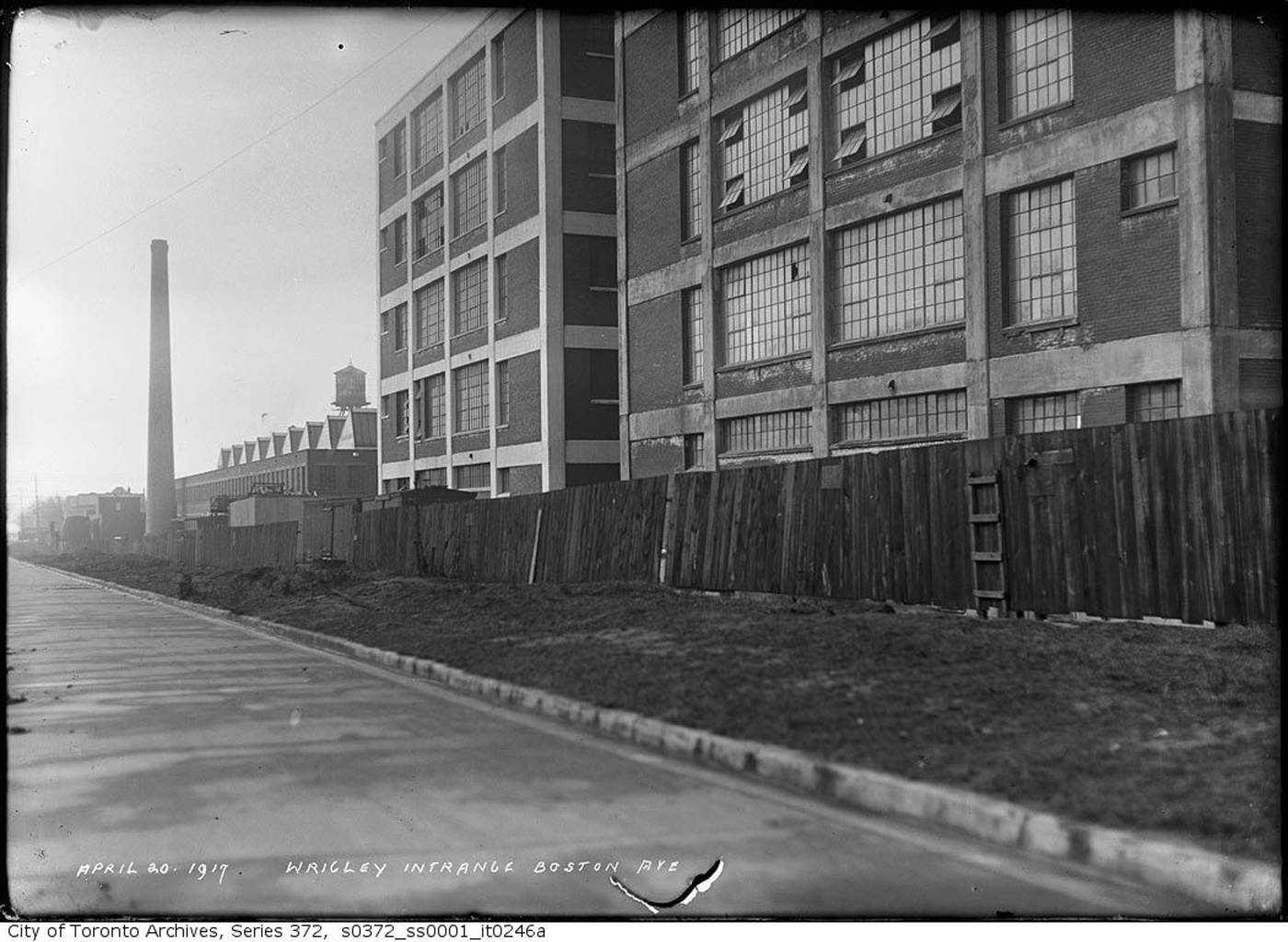 Wrigley Co. Factory, 1917.
