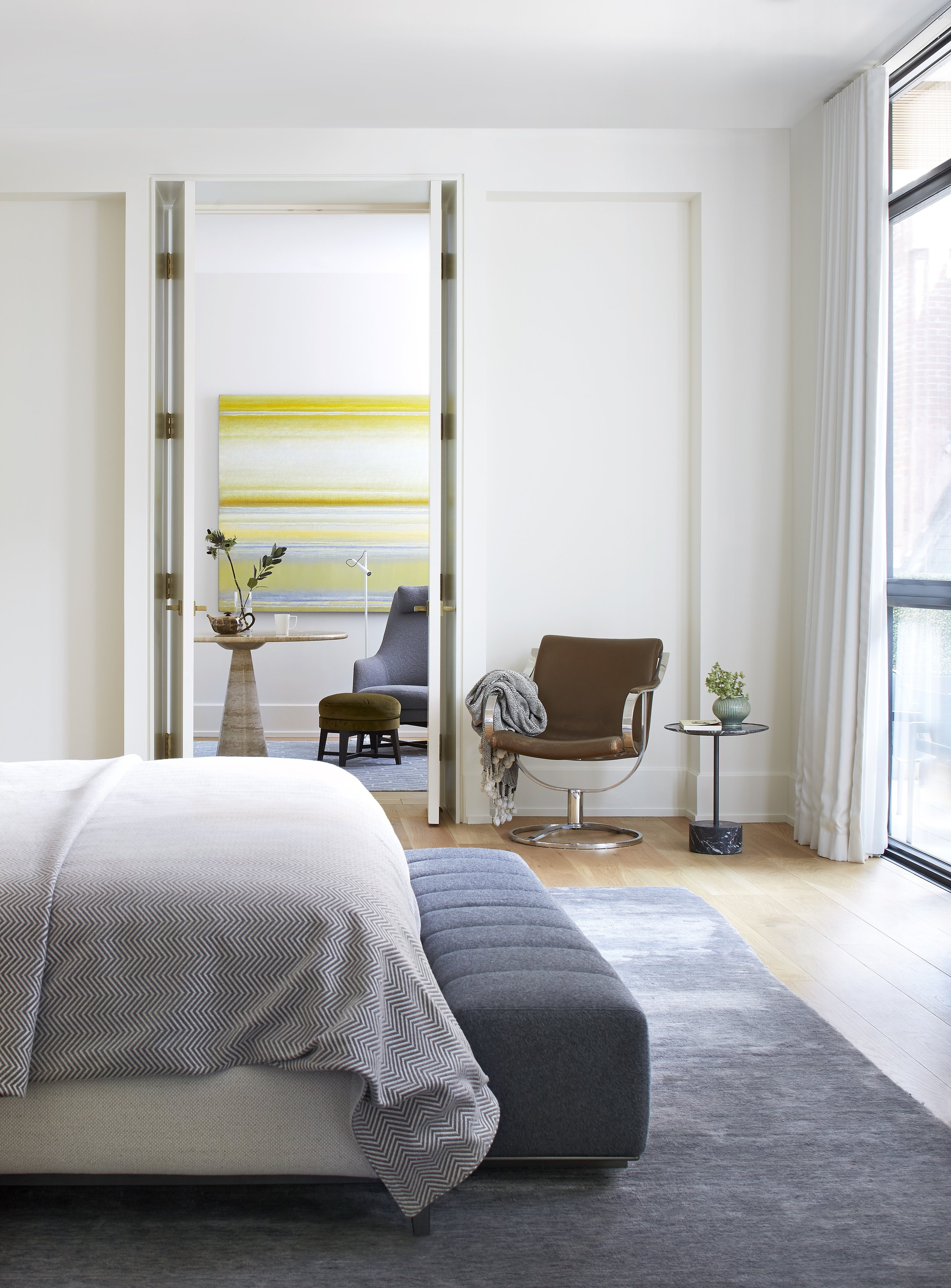 016 MasterBedroom.jpg