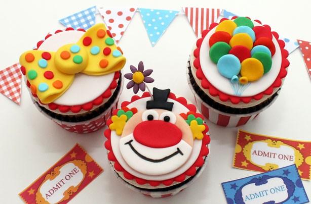 Clown-cupcake.jpg