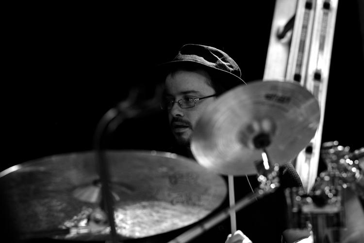"""Grégoire Quartier, """"Grzegorz"""" @ the drums"""