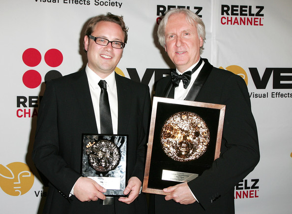 VES winners Student project award winner Thilo Ewers and James Cameron