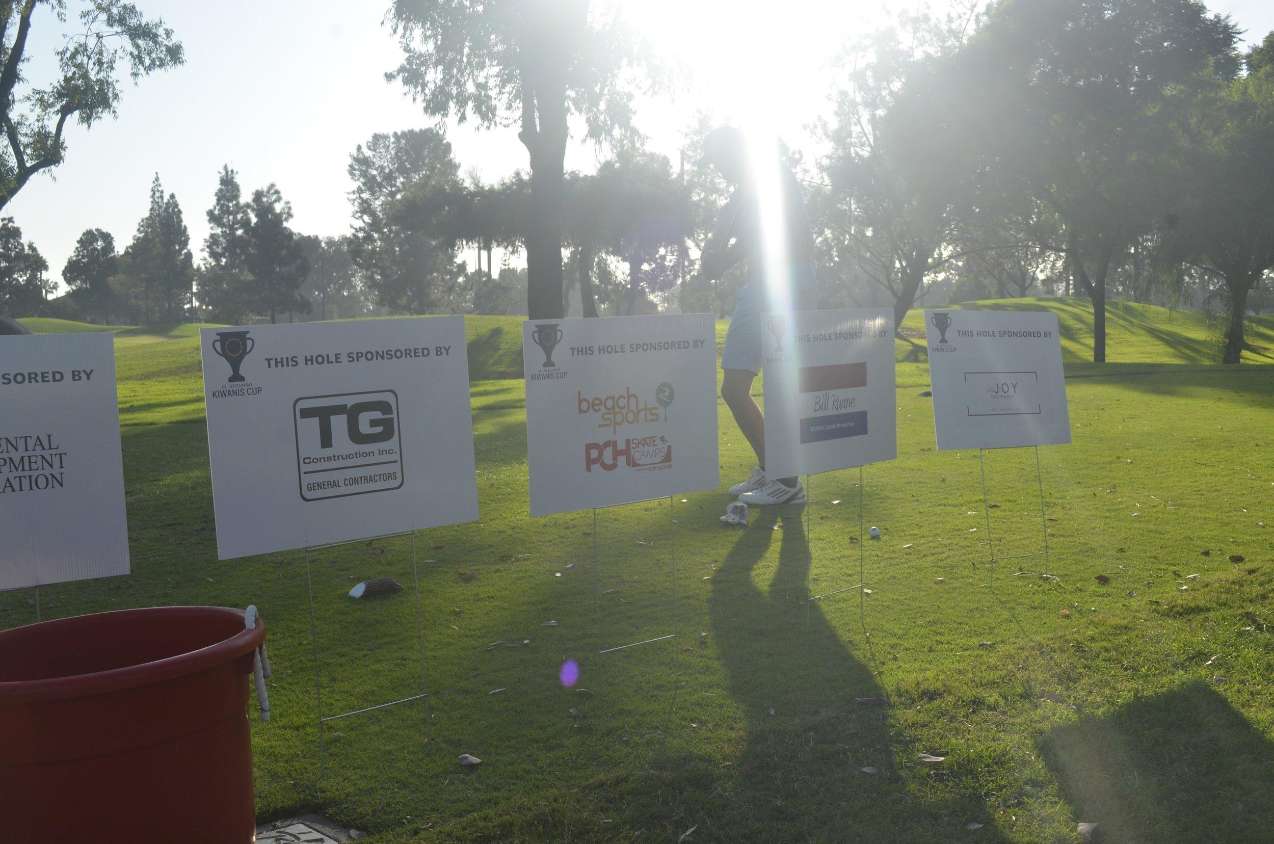more tee signs.JPG