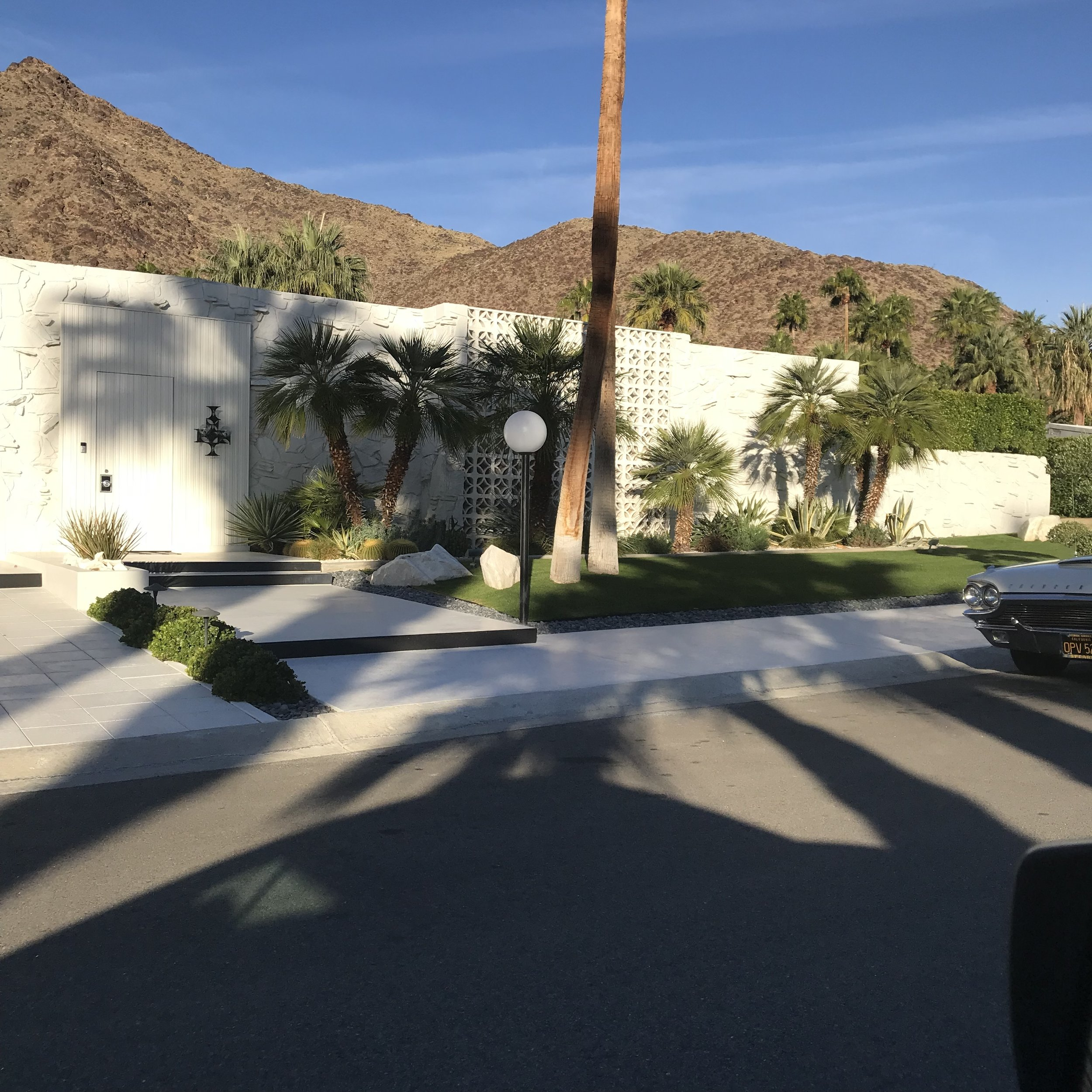 palm springs architectural tour. white bungalow. Blue Moon Furniture store winnipeg manitoba .JPG