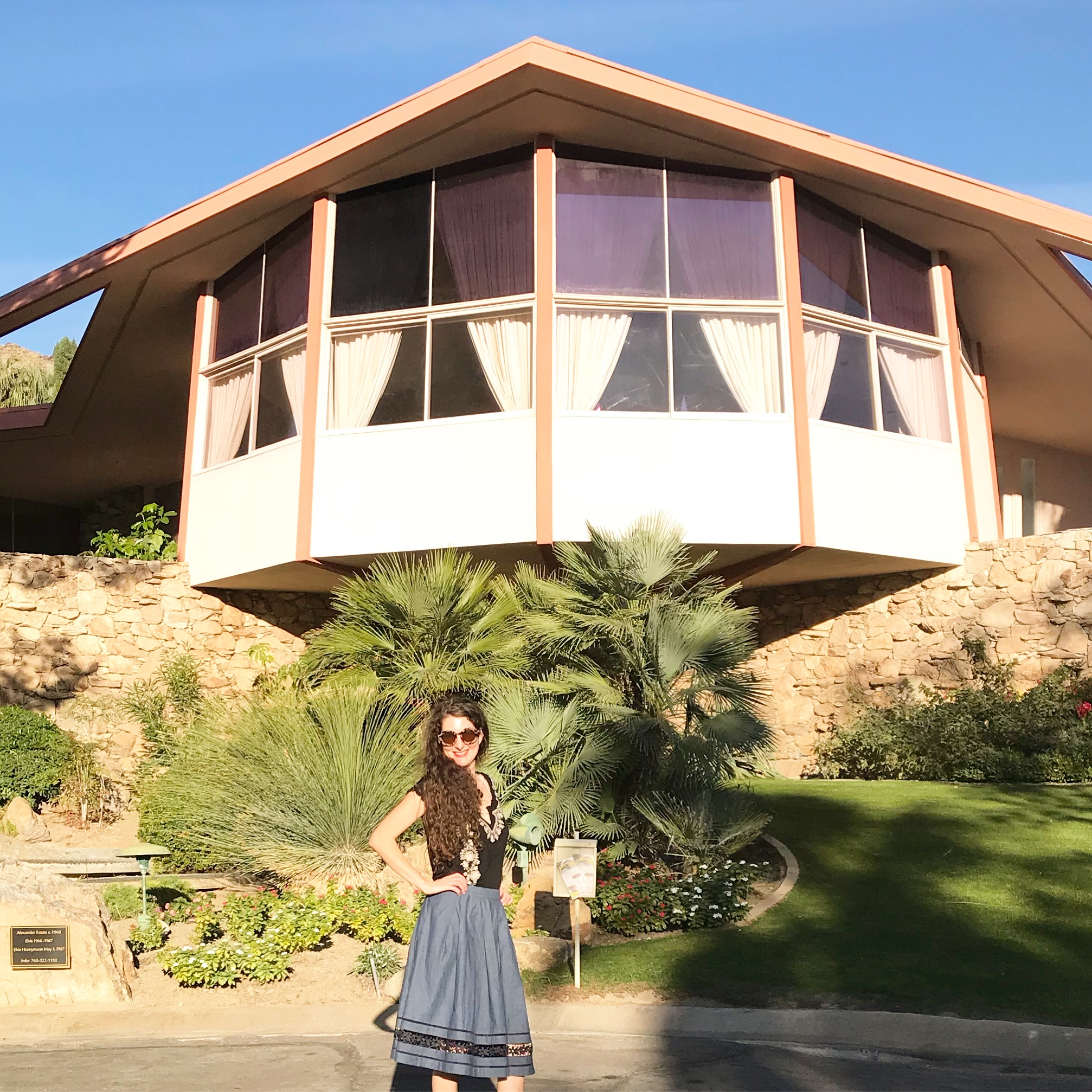 Elvis Presley's Palm Springs House. Architectural tour of palm springs.jpg