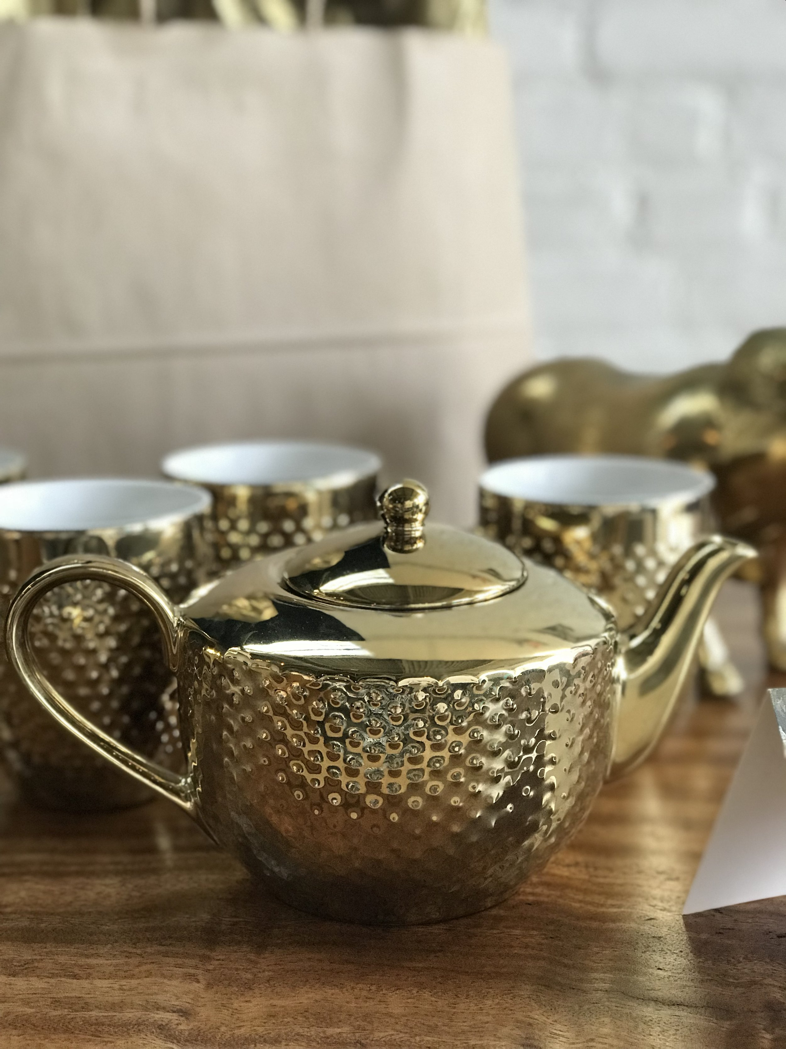 Mother's Day gift guide. Tea lover. Winnipeg furniture store.