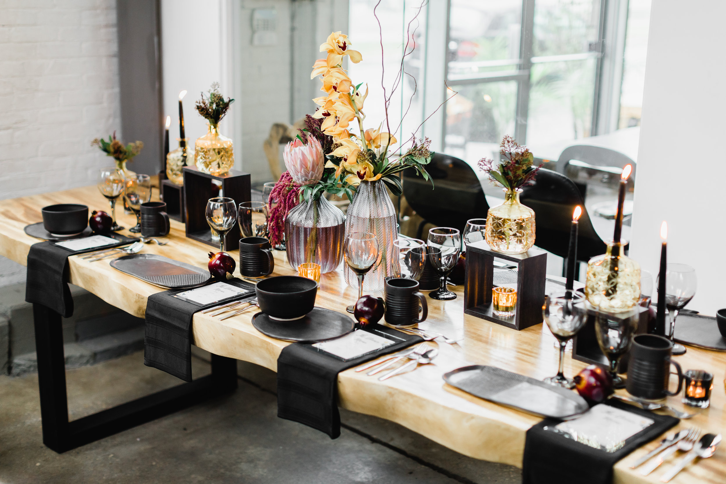 Thanksgiving tablescape. blue moon furniture. 2018-10-03_ThanksgivingInspiration_FrenchAccentDesign32.jpg