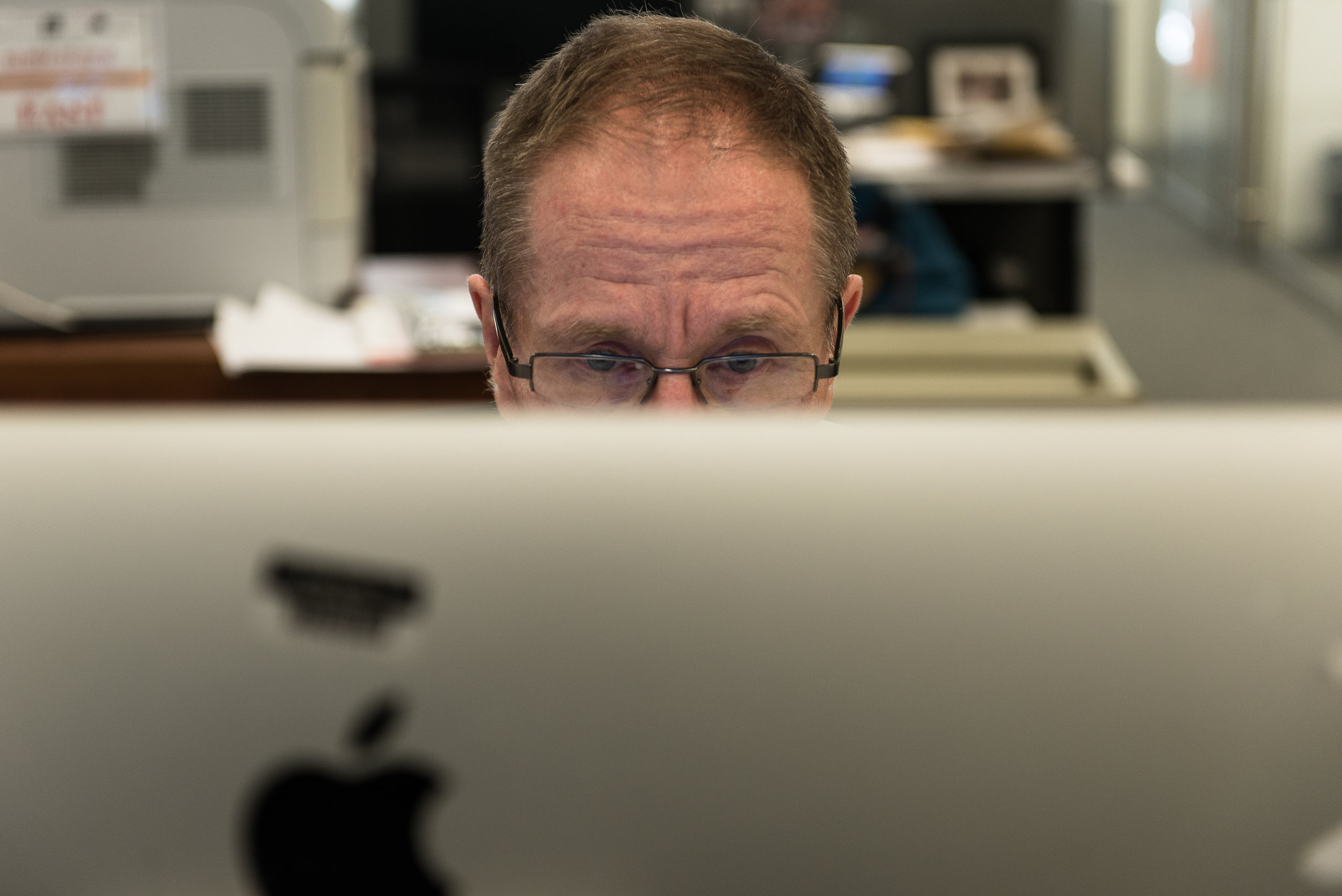 Steve Lohr now researches and writes all his articles online.