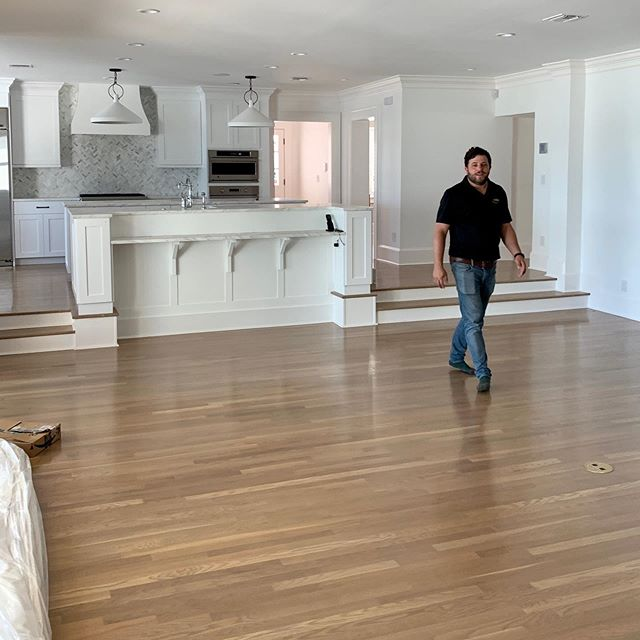 Our #brynmawrproject is wrapping up and we are installing today! We couldn't do it without a huge team of trades. We want to give the contractor on the job Gary with @totalcareorlando a round of applause. The house came out so beautiful! Thanks for all of your hard work! Here are a few sneak peak shots!!