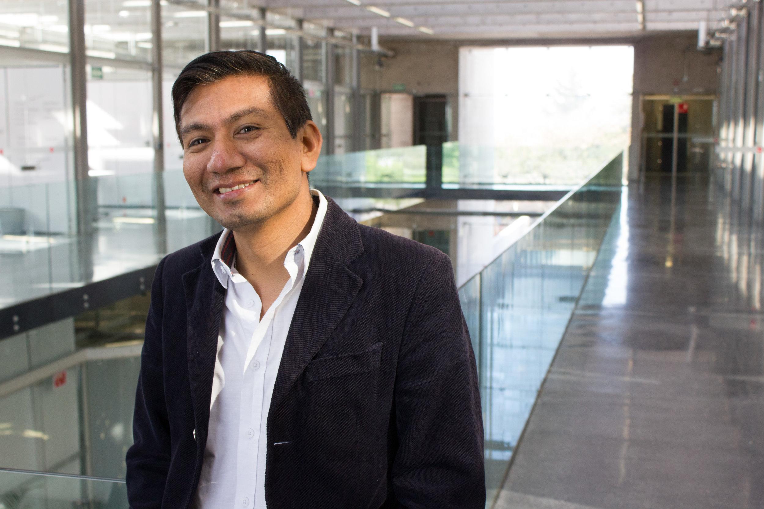 Dr. Luis Adolfo Torres - Participara con la conferencia